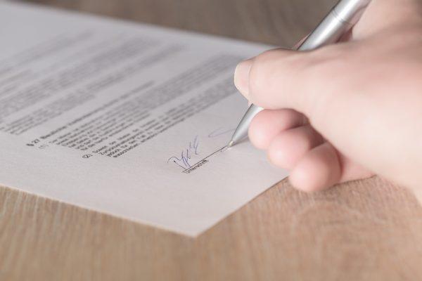 Inhaltskontrolle Nach Dem Agb Recht Bei Arbeitsvertragsänderungen